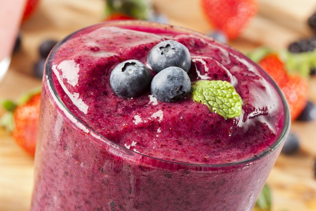 Fresh Organic Blueberry Smoothie