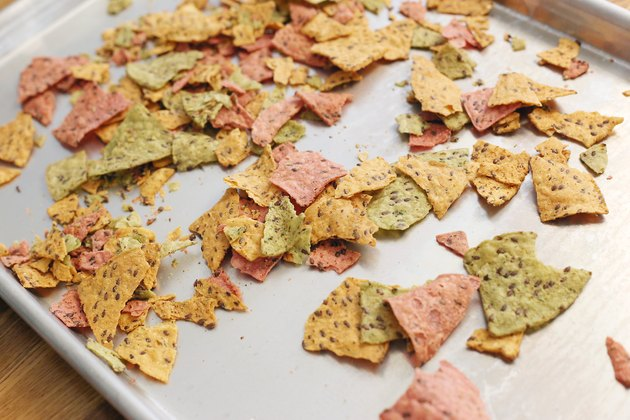 How To Crisp Stale Crackers Amp Chips Livestrong Com