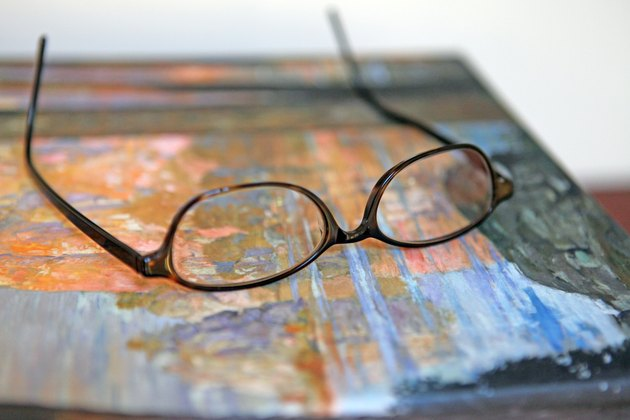 How To Adjust Plastic Eyeglass Frames Livestrong Com