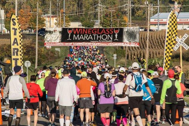 People running the Wineglass Marathon