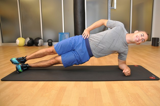 Henry Halse demonstrates the Side Plank