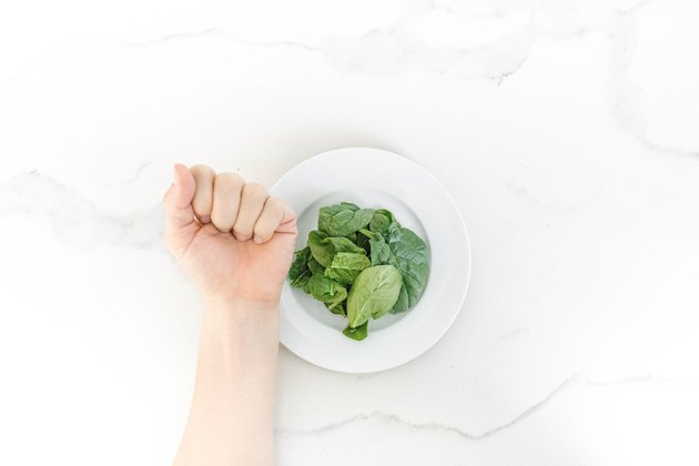 1 fist-size serving of spinach (vegetables)