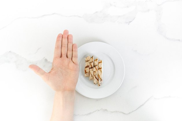 1 palm-size serving of chicken (protein)