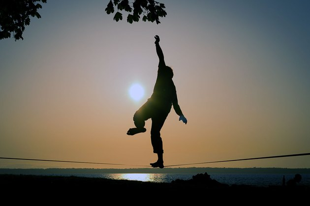 Slacklining is not only trendy but smart, too.