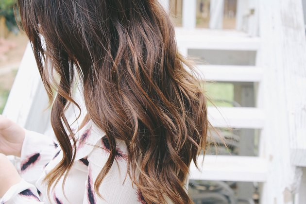 Get gorgeous beach waves in 8 easy steps.