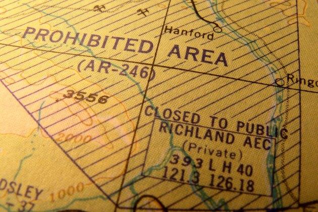 Old U.S. Navy aeronautical chart shows prohibited area of Hanford, Washington.