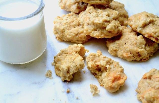 Sweet Potato Maple Pecan Breakfast Cookies