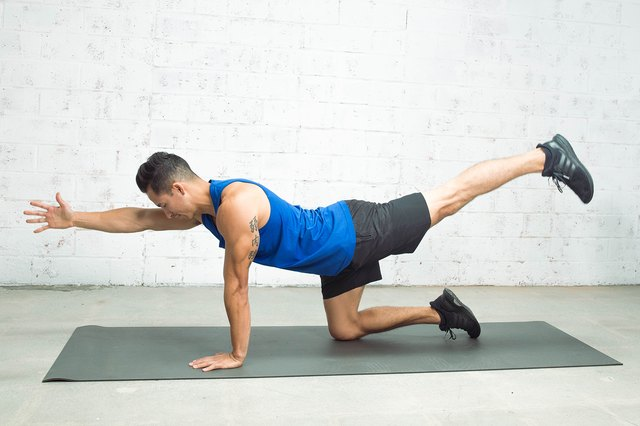 Blaine Strong doing the bird-dog exercise for the push-up challenge workout