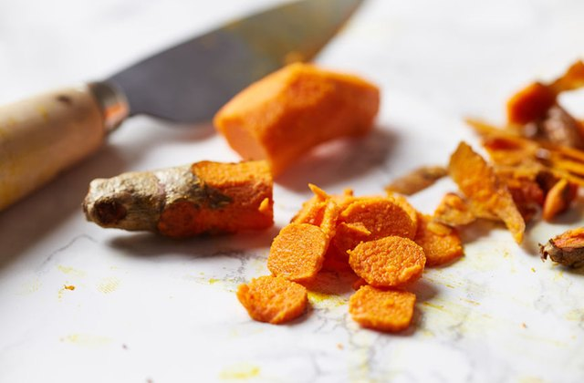 The Risks & Benefits of Taking Turmeric