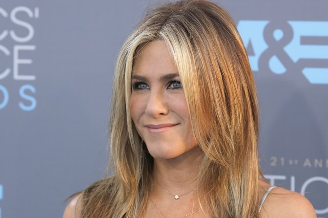 Jennifer Aniston Looks Incredible at 50 Thanks to This Diet and Exercise | Livestrong.com