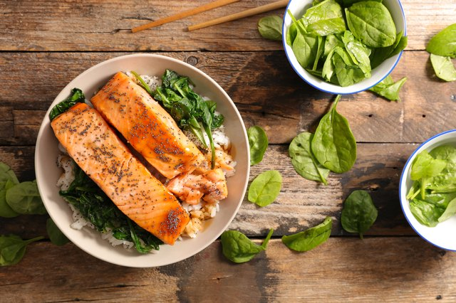 salmon with spinach and rice