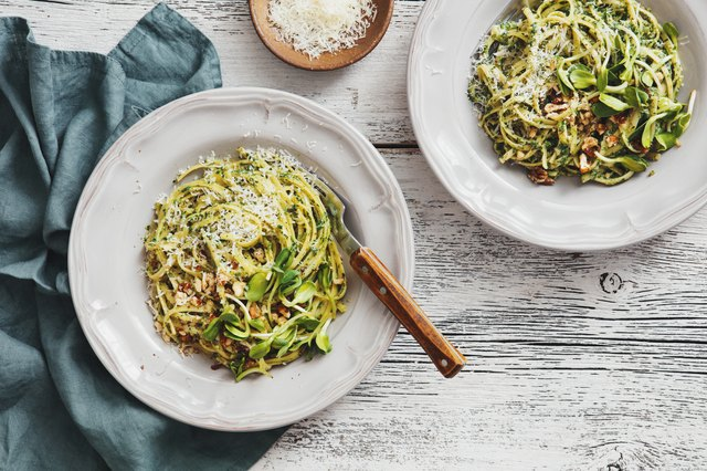 5 Pasta Recipes That Serve Up Cold-Weather Comfort in Less Than 300 Calories