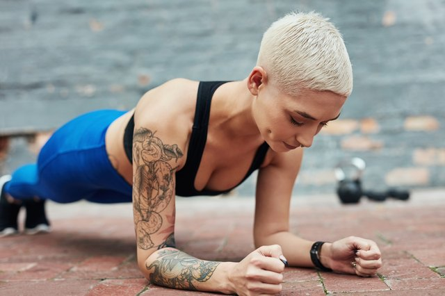 The One Plank Variation Your Ab Workout Has Been Missing