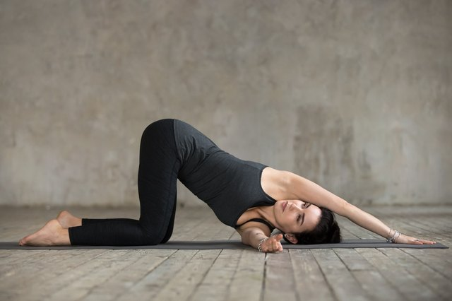 Unwind Tight Shoulders With This 20-Minute Yoga Flow