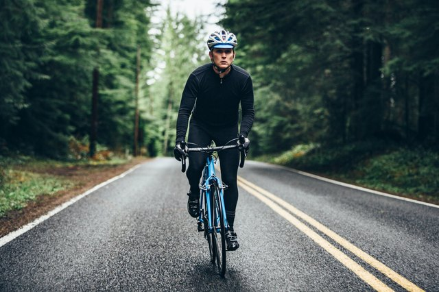 Hop on Your Bike for These Outdoor Cycling HIIT Workouts