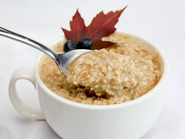 Oatmeal With Fruit and Maple Leaf