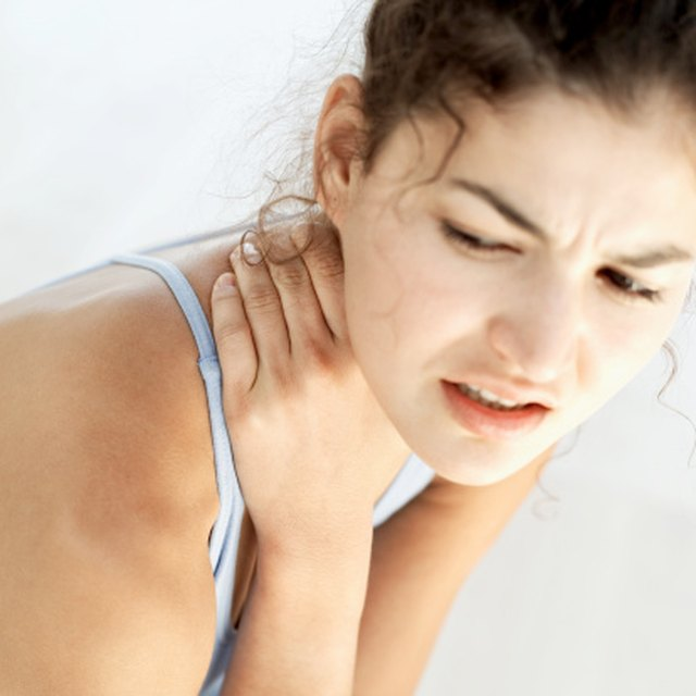 Home Remedies for a Sore Knotted Neck