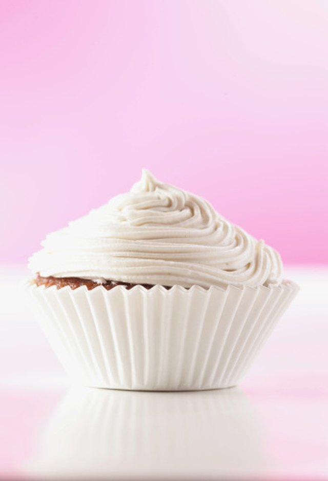 How do I Make Egg White Frosting?