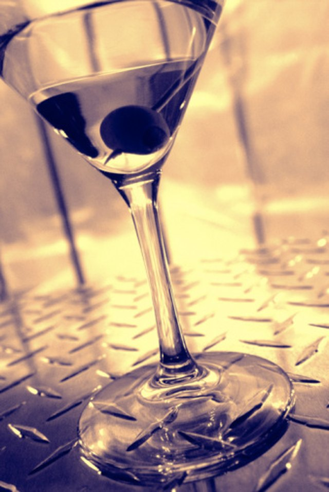 How to Make a Grey Goose Martini | Livestrong.com