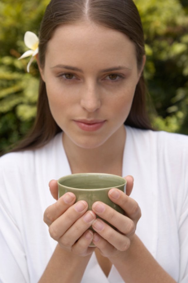 Herbs to Help Women With PCOS Get Pregnant