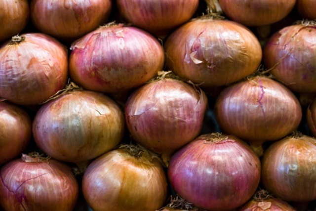 How to Grill Onions in Foil
