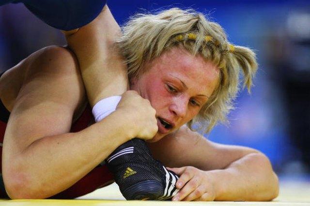 Women Wrestlers Vs. Men Wrestlers