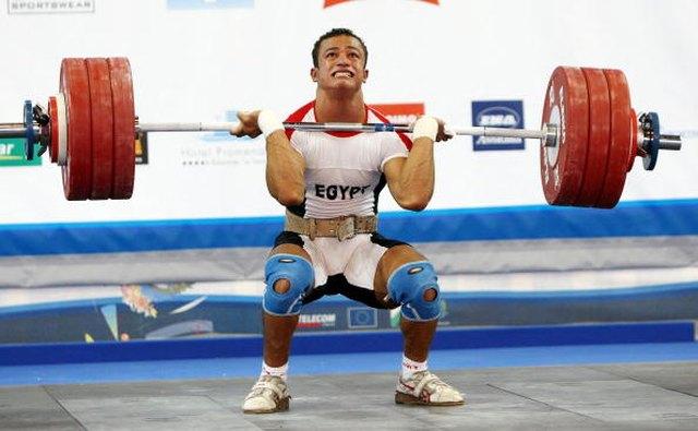 How to Break in a Powerlifting Belt