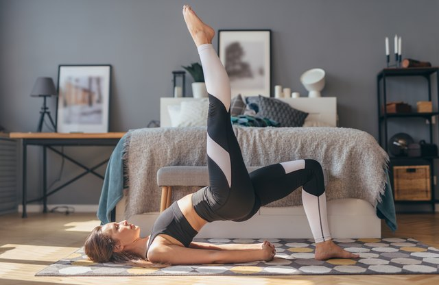 This Single-Leg Workout Tones and Sculpts Your Butt in 20 Minutes