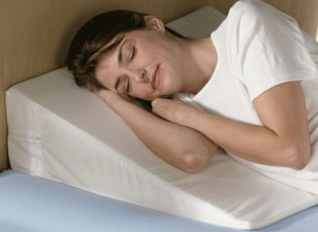How to Use a Bed Wedge for Sleeping