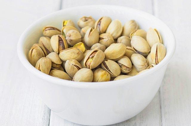 Pitachios in a bowl.