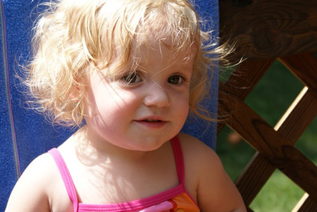 How to Treat Severely Dry Scalp in Toddlers