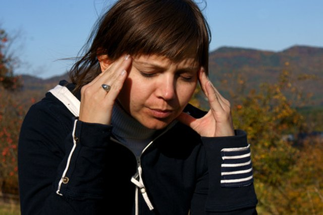 How to Tell the Difference Between a Sinus Infection Vs. Allergies
