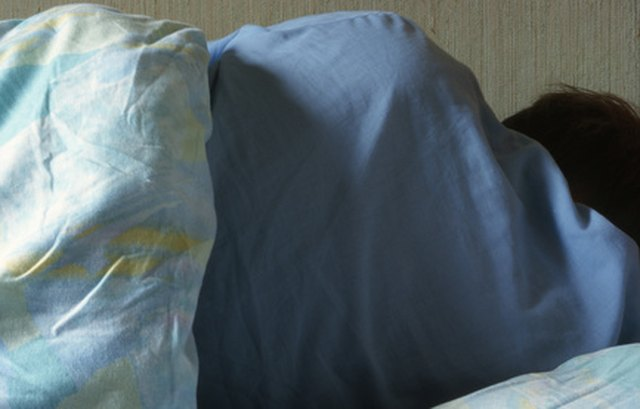 What Illnesses Have Symptoms of Night Sweats & Severe Weight Loss?