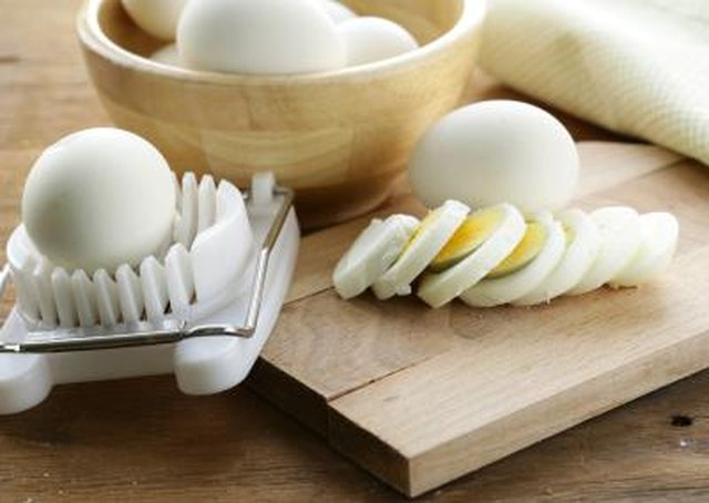 How Much Fat Is in a Hard Boiled Egg?