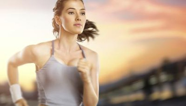 How to Train to Run a Mile in Under 6 Minutes