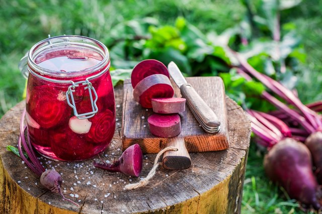Ingredients for pickled beetroots in the jar