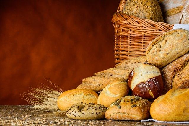 bun and bread