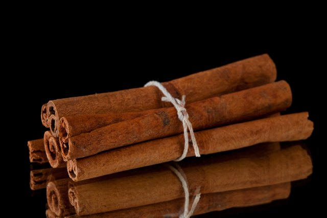 Cinnamon sticks packed together