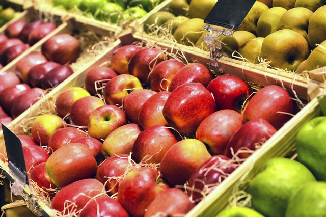 Red and green apple fruits