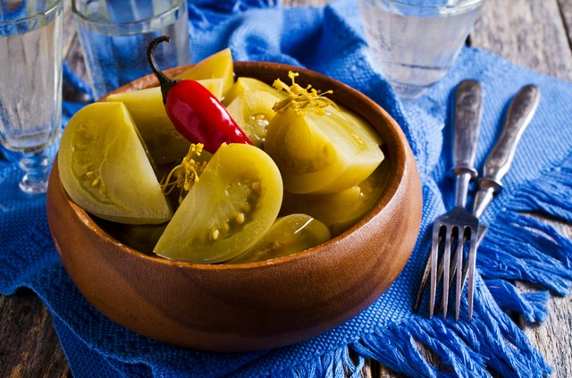 Canned green tomatoes