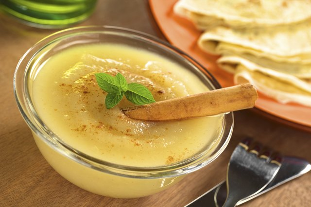 Apple Sauce with Crepes
