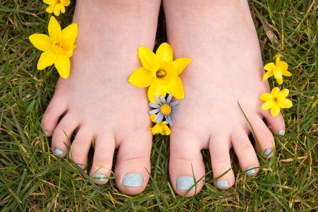Spring garden toes