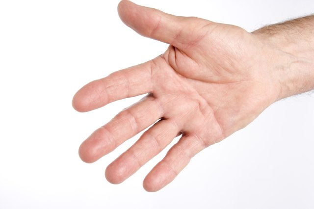 How to Stop Picking at Skin on the Fingers