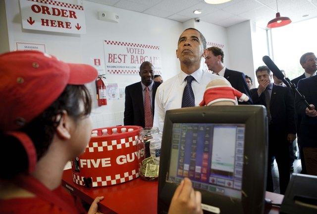 President Obama Buys Hamburgers