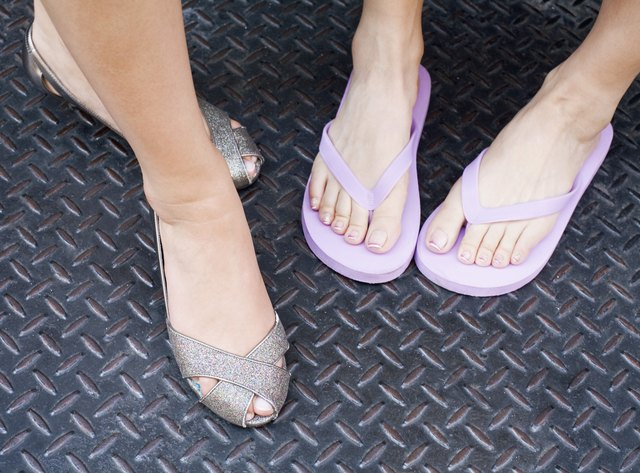 My Heel Hurts Amp I Have Sharp Pain When I Walk Livestrong Com