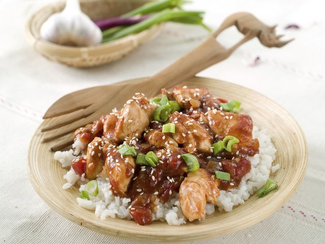 Rice with chicken sauce