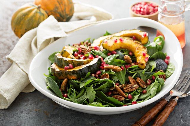 Fall salad with greens and acorn squash