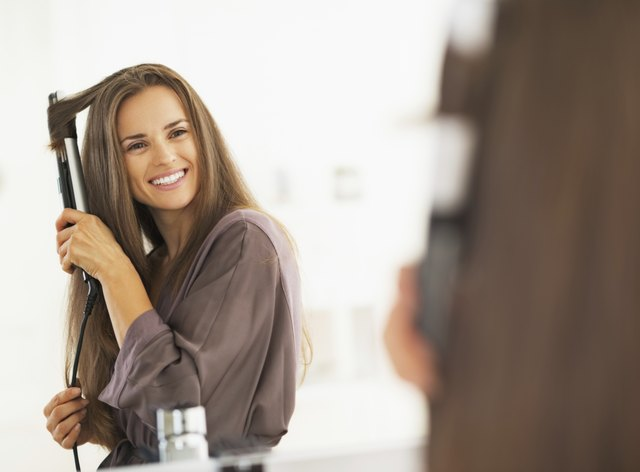 Causes of Hair Falling Out or Breaking Off