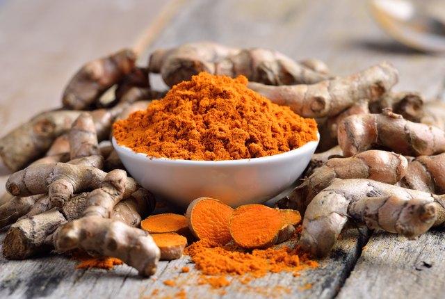 Health Benefits of Black Pepper and Turmeric | Livestrong.com