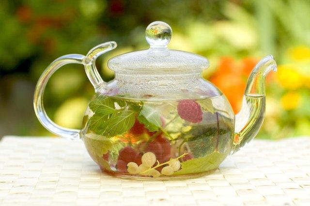 The Best Herbal Tea for Nausea